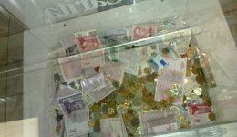 """2 955 лв. са събрани в подкрепа на възрастни хора чрез дарителските кутии на """"Каритас"""" на """"Летище София"""""""