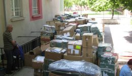 """Дарение за бездомните хора, настанени в приюта """"Добрия самарянин"""" към """"Каритас Русе"""""""