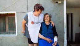 """951 лв. са набрани в подкрепа на възрастни хора чрез дарителската кутия на """"Каритас"""" на """"Летище София"""""""