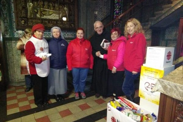 """""""Donate Food, Support a Person in Need"""" made happy over 60 people in need"""