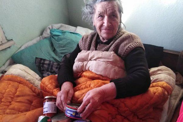 Професионалните грижи и топлото отношение: пътят към достойно изживяване на старините