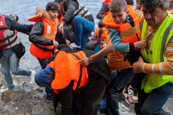 Спешно е необходима хуманна реакция на гръцко-турската граница