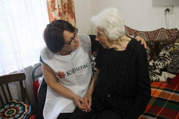 Ваня Клечерова: Когато детето ти умира, ще събираш дарения. И, разбира се, ще се появят и измамници