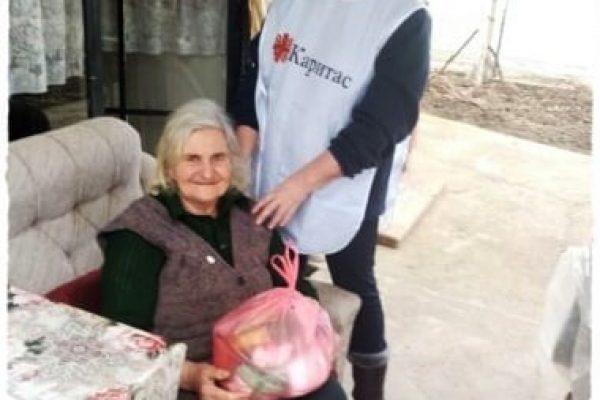"""90 възрастни хора получиха подкрепа от """"Каритас"""" по повод Световния ден на болните"""