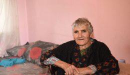 Достъп на възрастните хора до дългосрочни грижи в дома и общността – политики и реалност